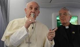 Papst Franziskus, Absage an Diakonissen und Frauendiakonat
